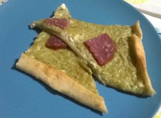 Torta salata pesto e formaggio: idea antipasto Natale | Genitorialmente