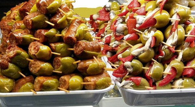Dagli antipasti gustosi e prelibati agli antipasti di pesce o. Antipasti Di Natale Veloci E Sfiziosi Genitorialmente