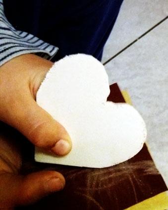 Come riciclare i barattoli di vetro per fare un regalo | Genitorialmente