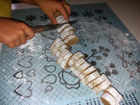 Come fare la pasta di mandorle | Genitorialmente