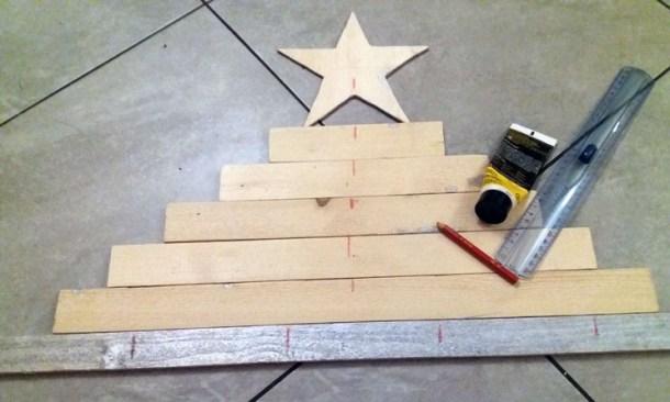 Segna i punti per realizzare la struttura dell'albero di Natale | Genitorialmente