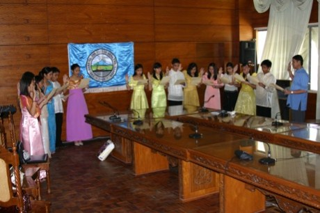 """""""Last year's GSC Junior Officials taking oath with Mayor Jun Acharon"""""""