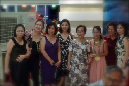 The gorgeous Veneracion women with Dionisia Pacquiao