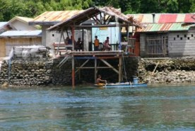 Patuko Cove Eateries on stilts