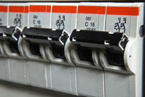 Castro Valley Electrician works on Fuse Breakers