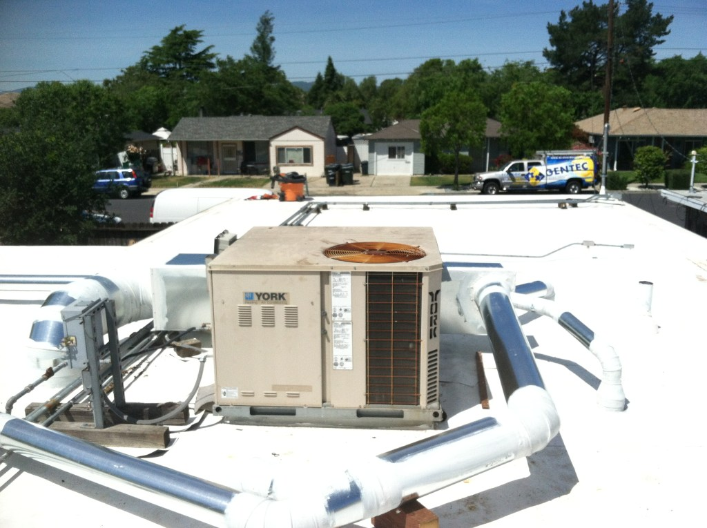 Rooftop HVAC System for money savings