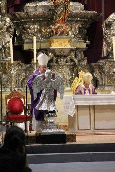 Todos los detalles del funeral en la Catedral de Sevilla (20)