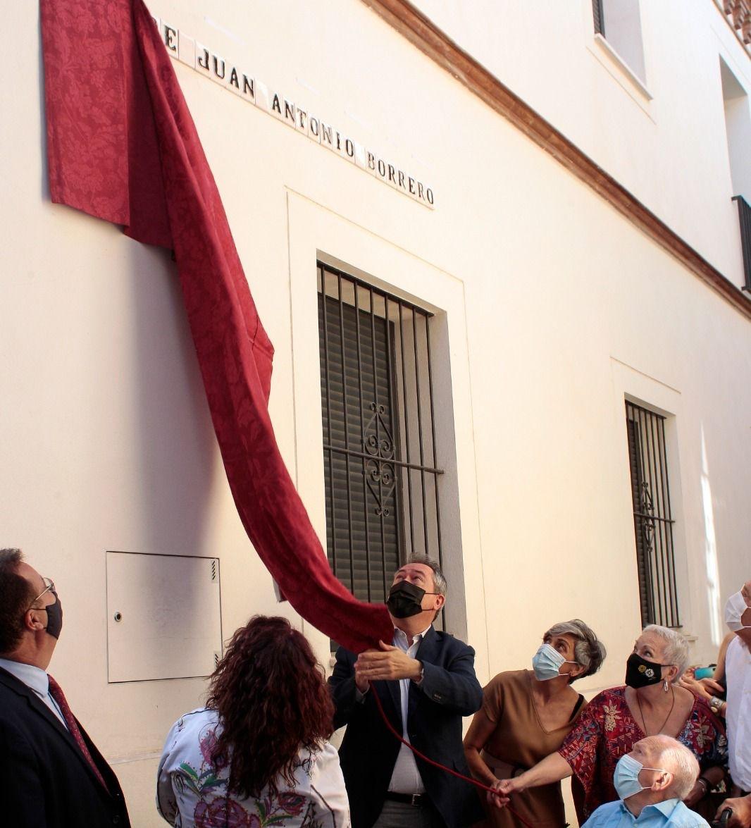 Juan Borrero ya tiene calle en Triana