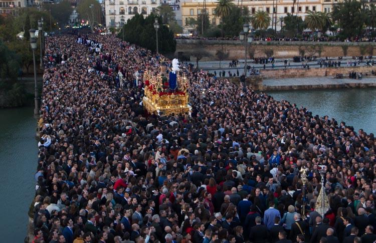 Los Obispos de Sevilla, Córdoba, Jerez, Cádiz y Huelva permiten la vuelta de las procesiones