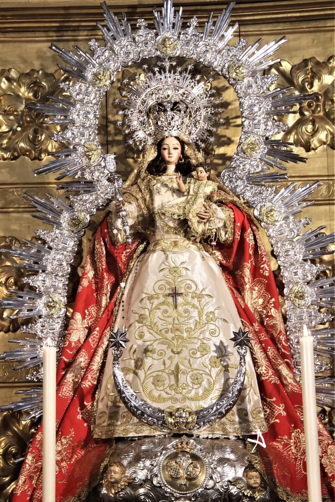 La Virgen de Montemayor se trasladará en su paso para presidir el pregón de Glorias con una sola cuadrilla, sin relevos