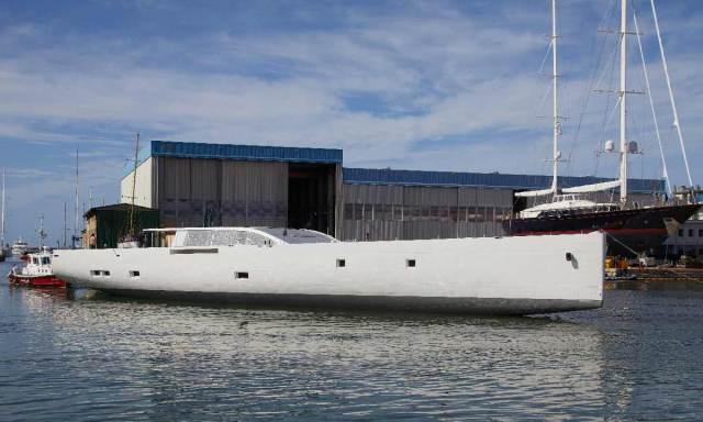 Perini SY 42m, primo scafo della linea E-volution