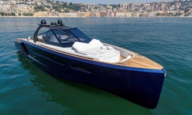 Evo Yachts: Evo R6 Open