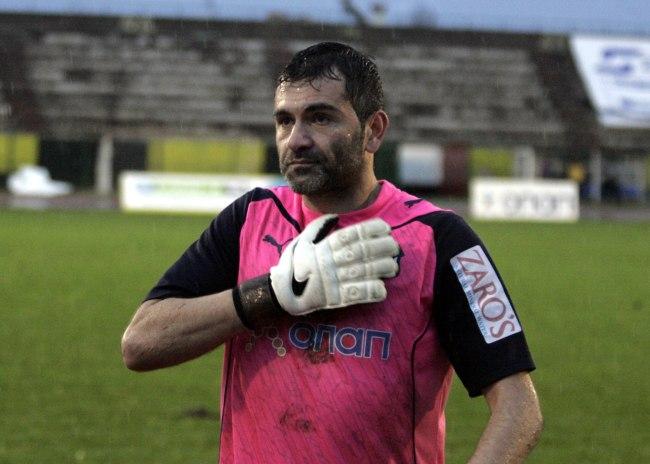 Βεζυρίδης: «Ο Κάρολ είναι αγωνιστής τόσο στη ζωή, όσο και στο γήπεδο»