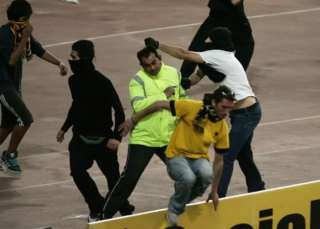 """""""Καίνε"""" την ΑΕΚ Αστυνομία και παρατηρητής"""