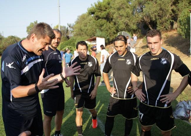Η τελευταία ομιλία του Δερμιτζάκη στους παίκτες του ΟΦΗ