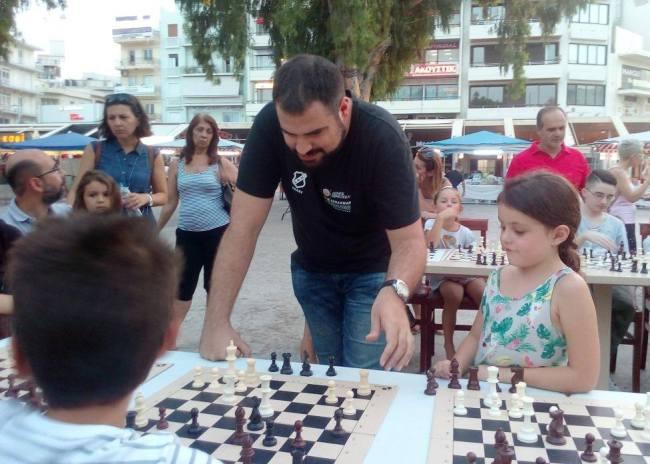 Το σκάκι του ΟΦΗ μπήκε στα σπίτια του Ηρακλείου