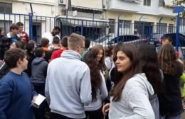 Μοίρασαν εισιτήρια σε σχολεία οι παίκτες του Λεβαδειακού