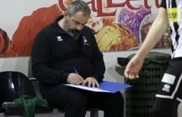 """Ζλατιλίδης: """"Όλα τα παιχνίδια είναι τελικοί"""""""