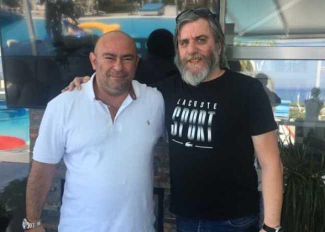 Ο Αντώνης Παπαδάκης δίπλα στον Ερασιτέχνη ΟΦΗ