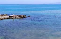 Ηράκλειο: Μπάνιο στον Κόλπο του Δερματά