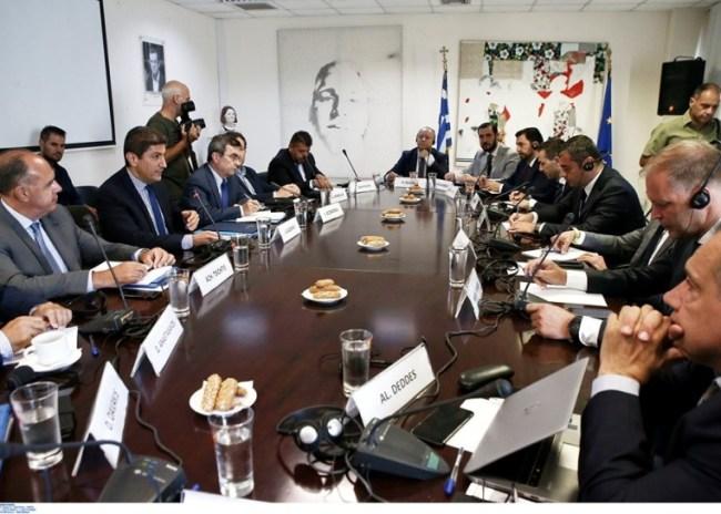 """Διακυβερνητική """"Επιτροπή καθοδήγησης"""" με συνδρομή FIFA/UEFA"""