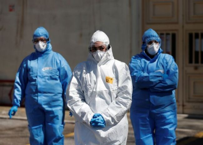 Κορονοϊός Ελλάδα: Ξαναπήρε την ανηφόρα ο αριθμός των κρουσμάτων