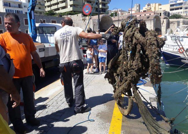 Πετυχημένη η εθελοντική δράση υποβρύχιου και παράκτιου καθαρισμού