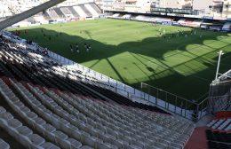 Οι δειλές ποδοσφαιρικές αρχές φταίνε και δεν ανοίγουν τα γήπεδα