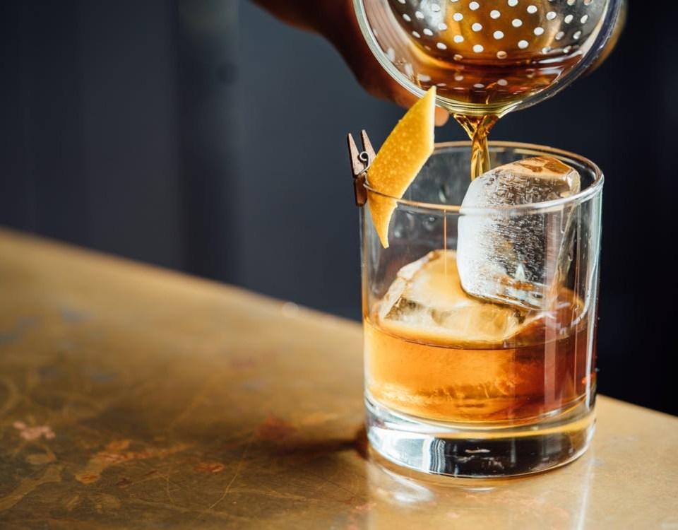 Fünf Drinks mit Madeira Wein