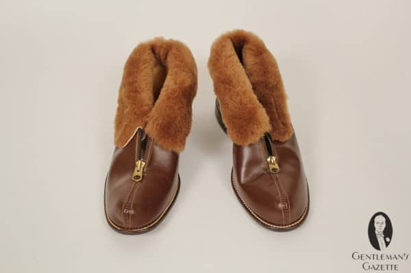 Extraordinary, fake fur lined boot