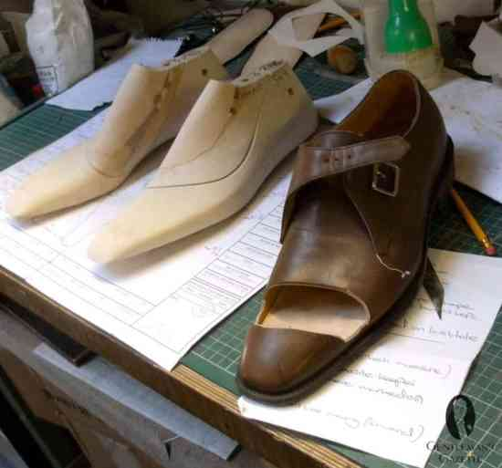 Bespoke lasts and a trial shoe