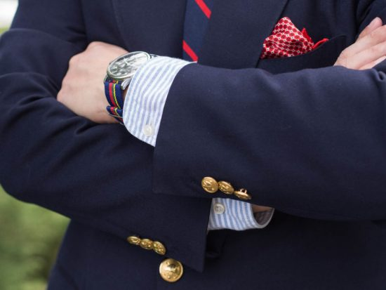 The quintessential navy blazer