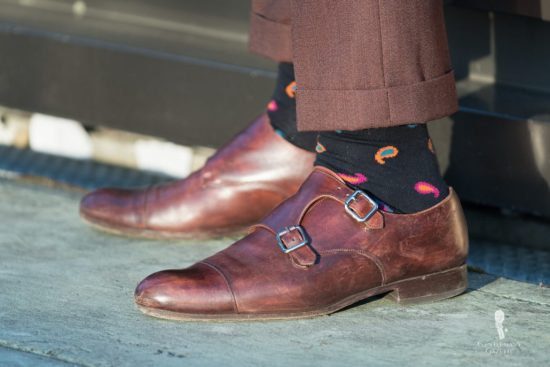 Extremely short pants with paisley crazy socks