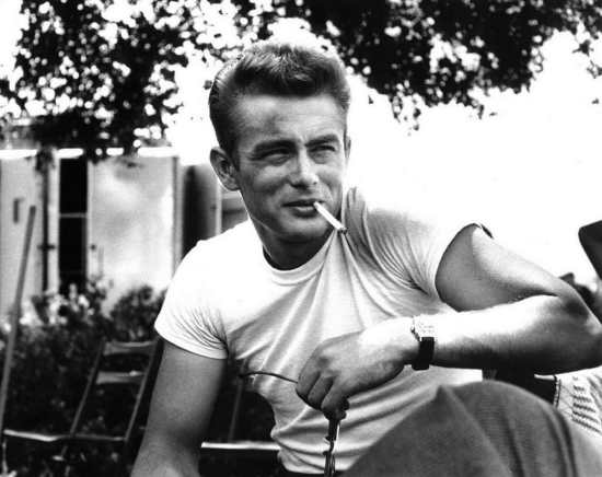 Dean on the set of Rebel Without a Cause, in a simple white T-shirt.