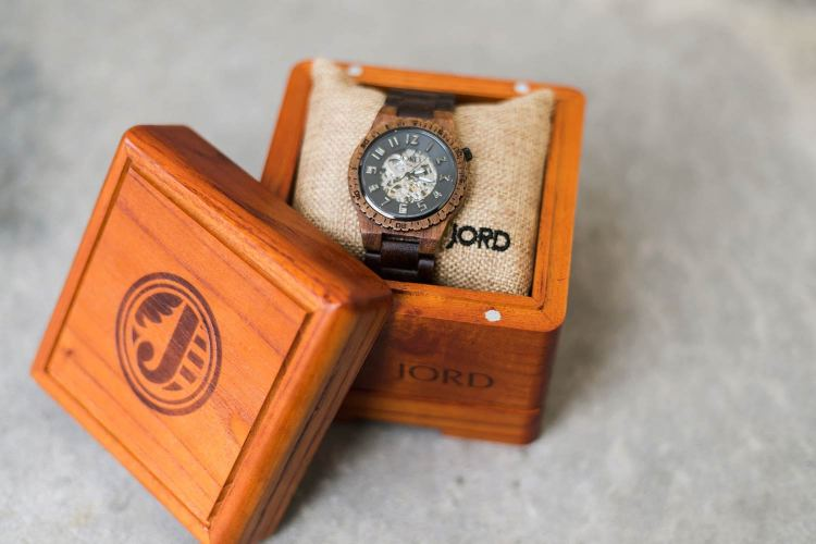 Jord Watches Dover Koa And Black Packaging | GENTLEMAN WITHIN
