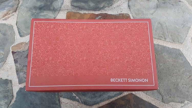 Beckett Simonon Reid Sneaker Box