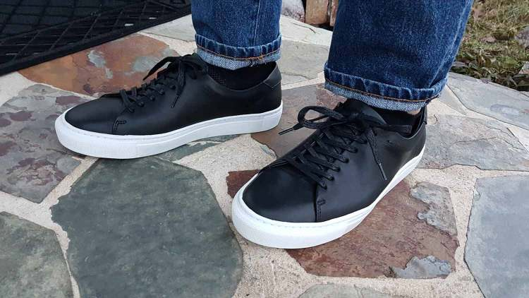 Reid Low On Feet