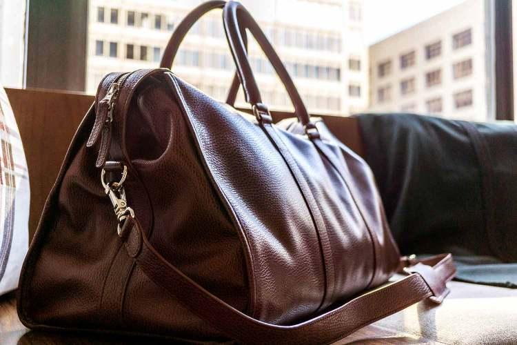 Beckett Simonon Davis Weekender Leather Bag Angled