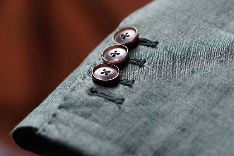 surgeons cuffs details