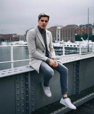 white sneakers with sport coat outfit 4
