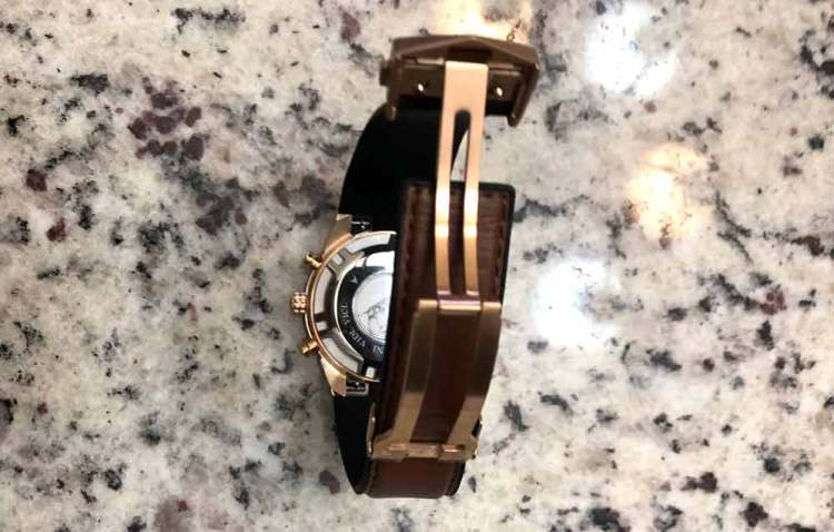 the rogue watch clasp