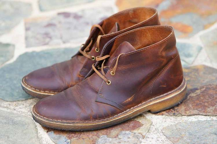 clarks desert boot in beeswax full side profile