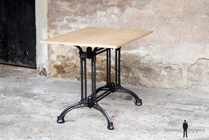 Table Bistrot En Chne Massif Pieds Fonte Gentlemen