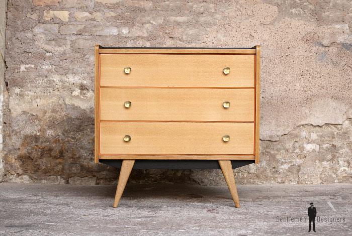 commode vintage chene clair renovee 3 tiroirs gentlemen designers