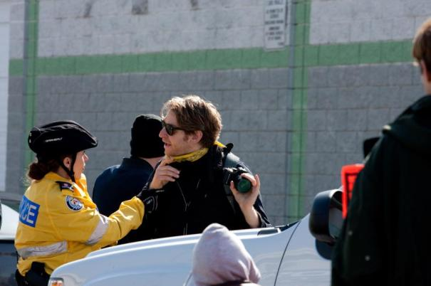 Zach Ruiter abusing a cop... (photo by UndercoverKity)