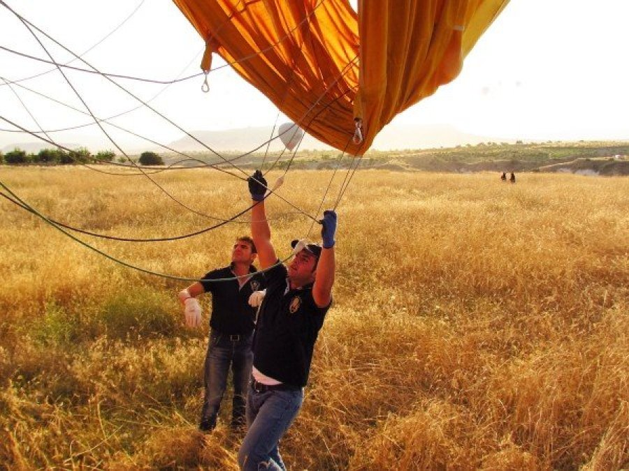Bringing down the hotair balloon
