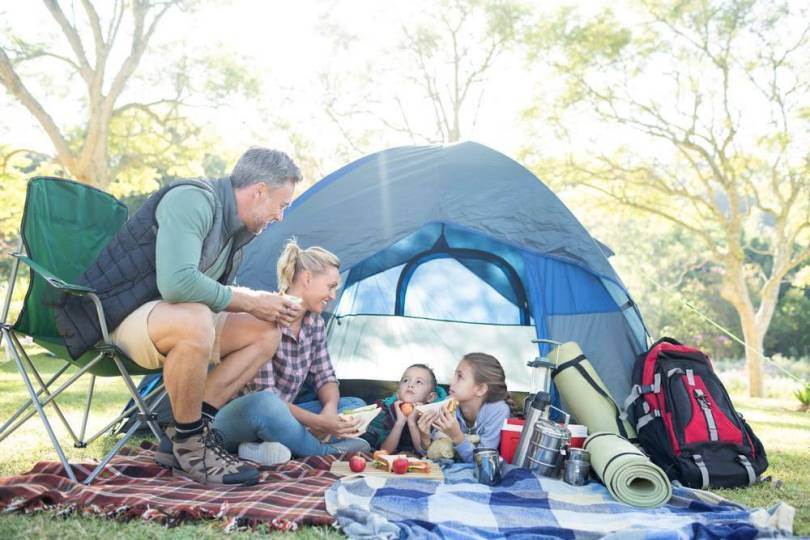camping traditionnel en famille