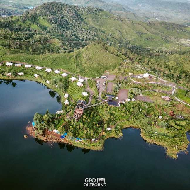 paket Outbound Glamping Lakeside Ciwidey