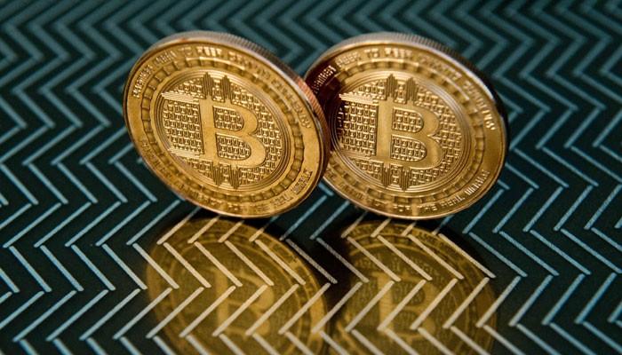Bitcoin crosses $62,000 ahead of Coinbase IPO