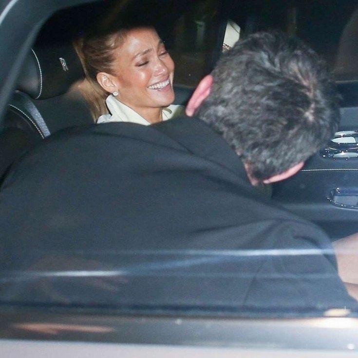 357202 9794934 updates Jennifer Lopez on cloud nine in recent Ben Affleck outing